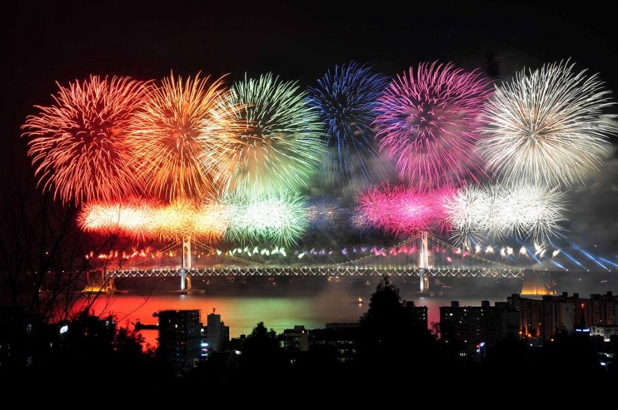 Busan, Korea: 2010 Busan International Fireworks Festival